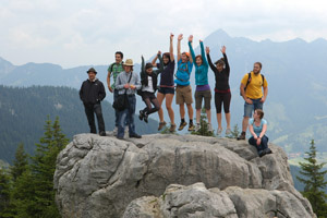 JYM students in mountains